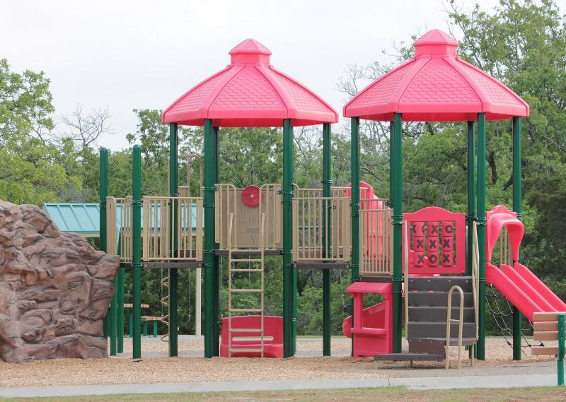 playground-110828_1280